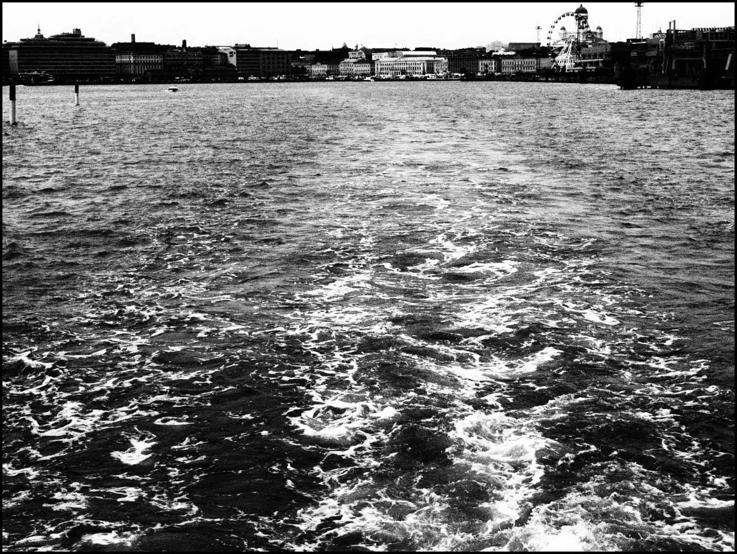 Monochrome sea, Helsinki