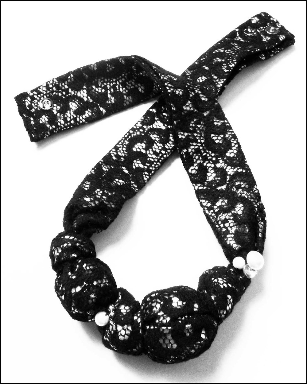 B&W Lace Necklace