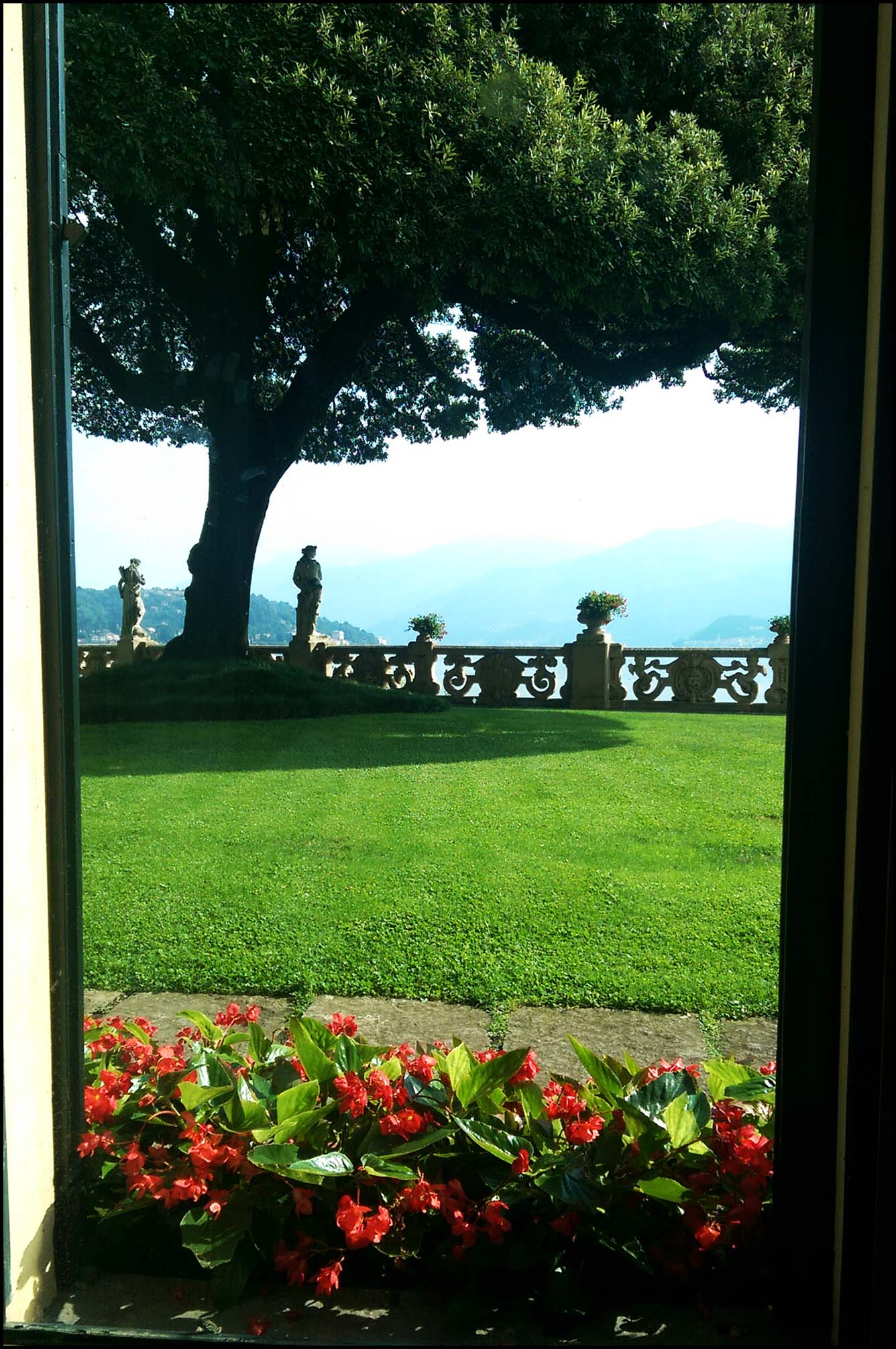 'Casino Royale' balcony view at Villa Balbianello