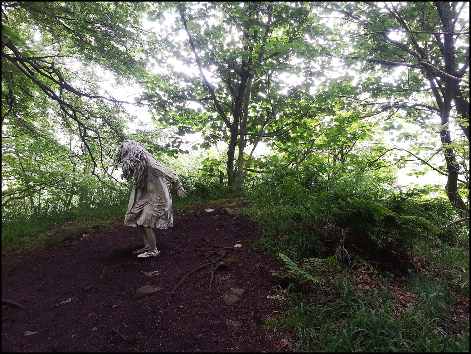 Weeping Girls at Jupiter Artland