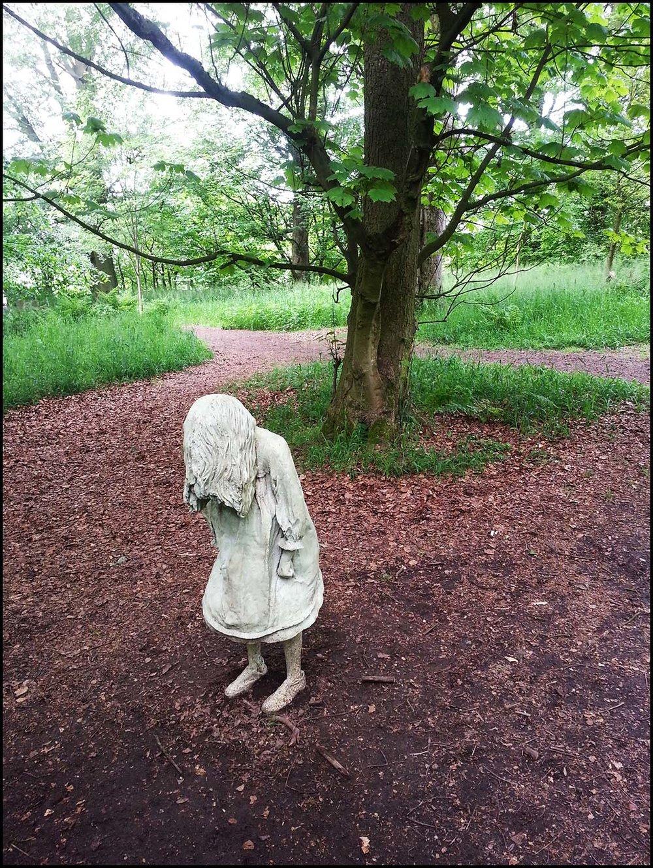 Weeping-Girls-at-Jupiter-Artland2.jpg