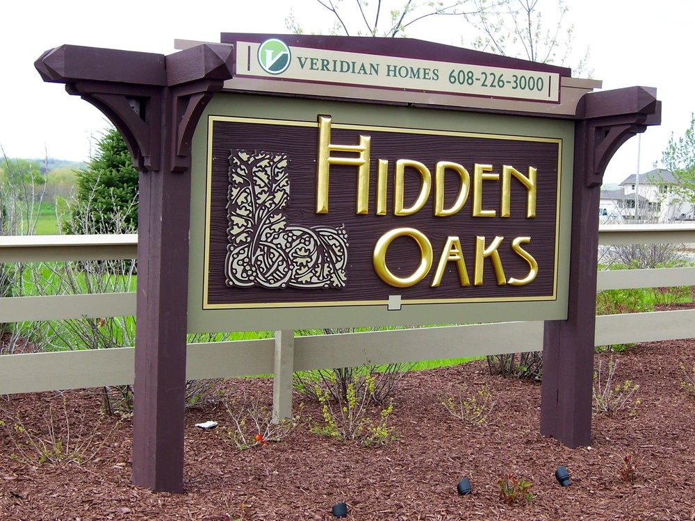 Neighborhood_hidden_oaks.JPG