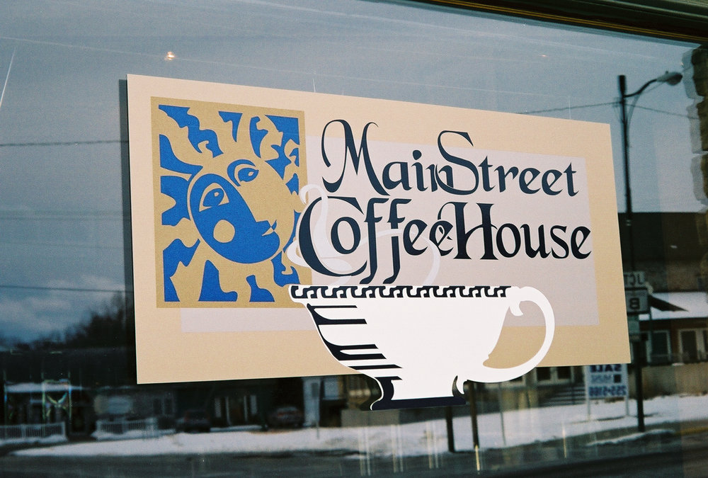 window_lettering_mainstreet coffee.jpg