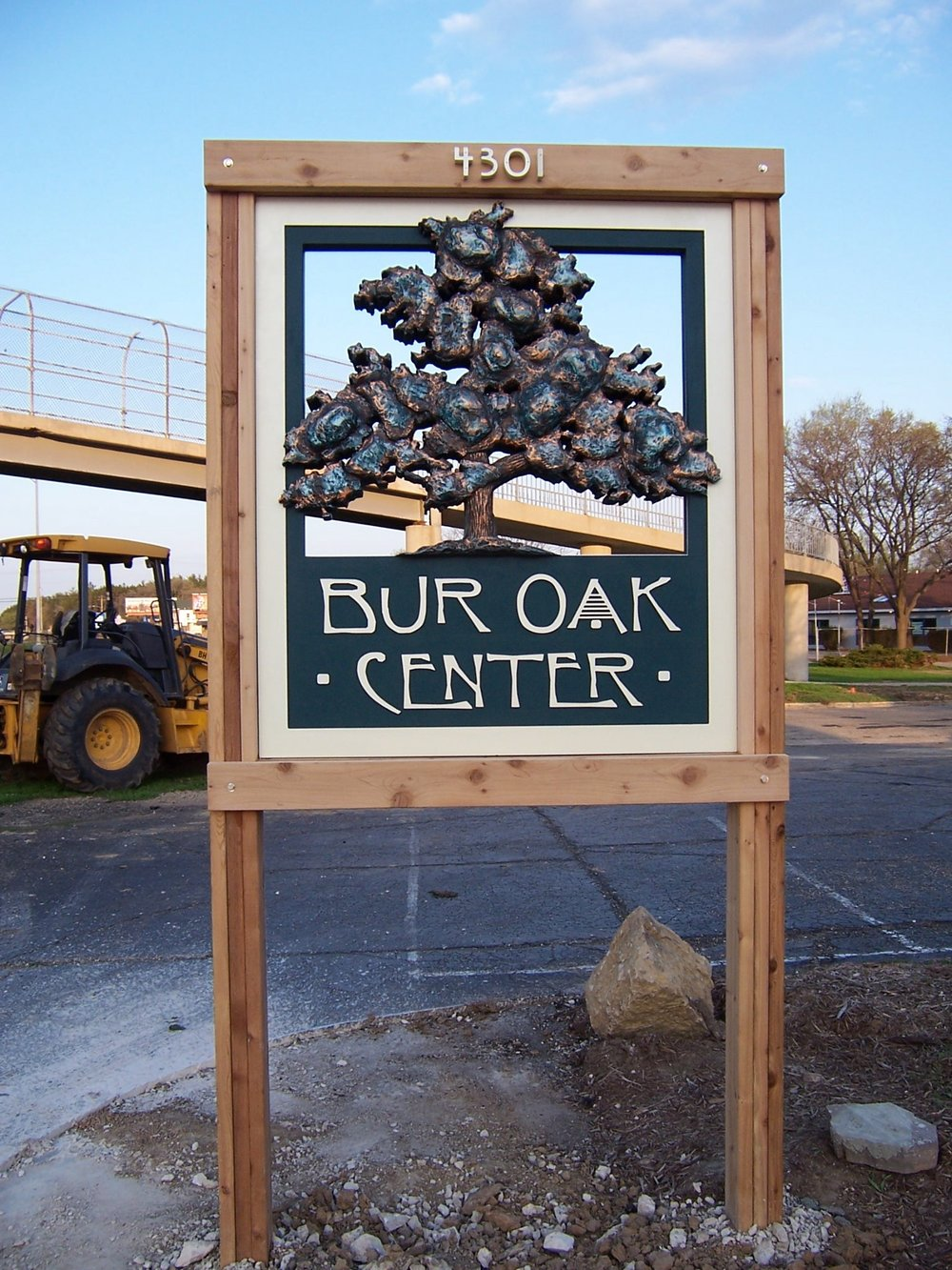 commercial_burr_oak.jpg