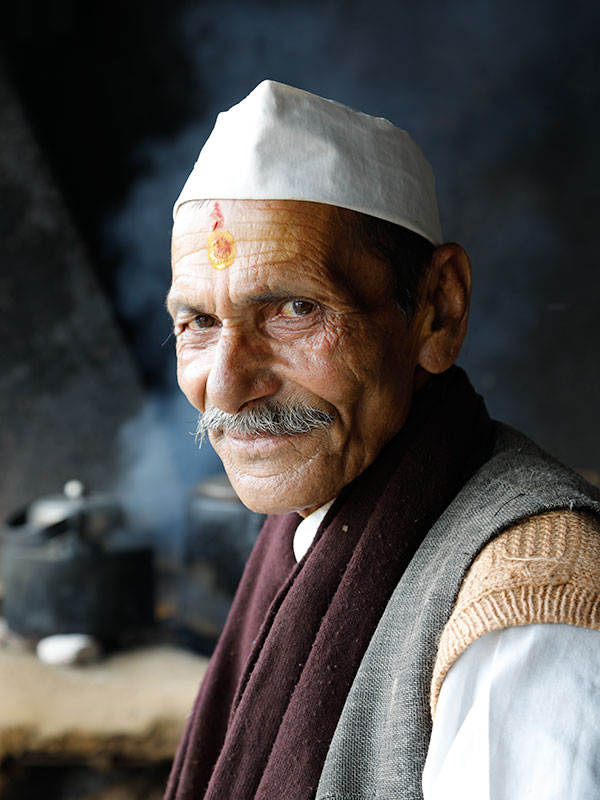 Chai seller in the Himalayas very much appreciated me likening him to Neru!