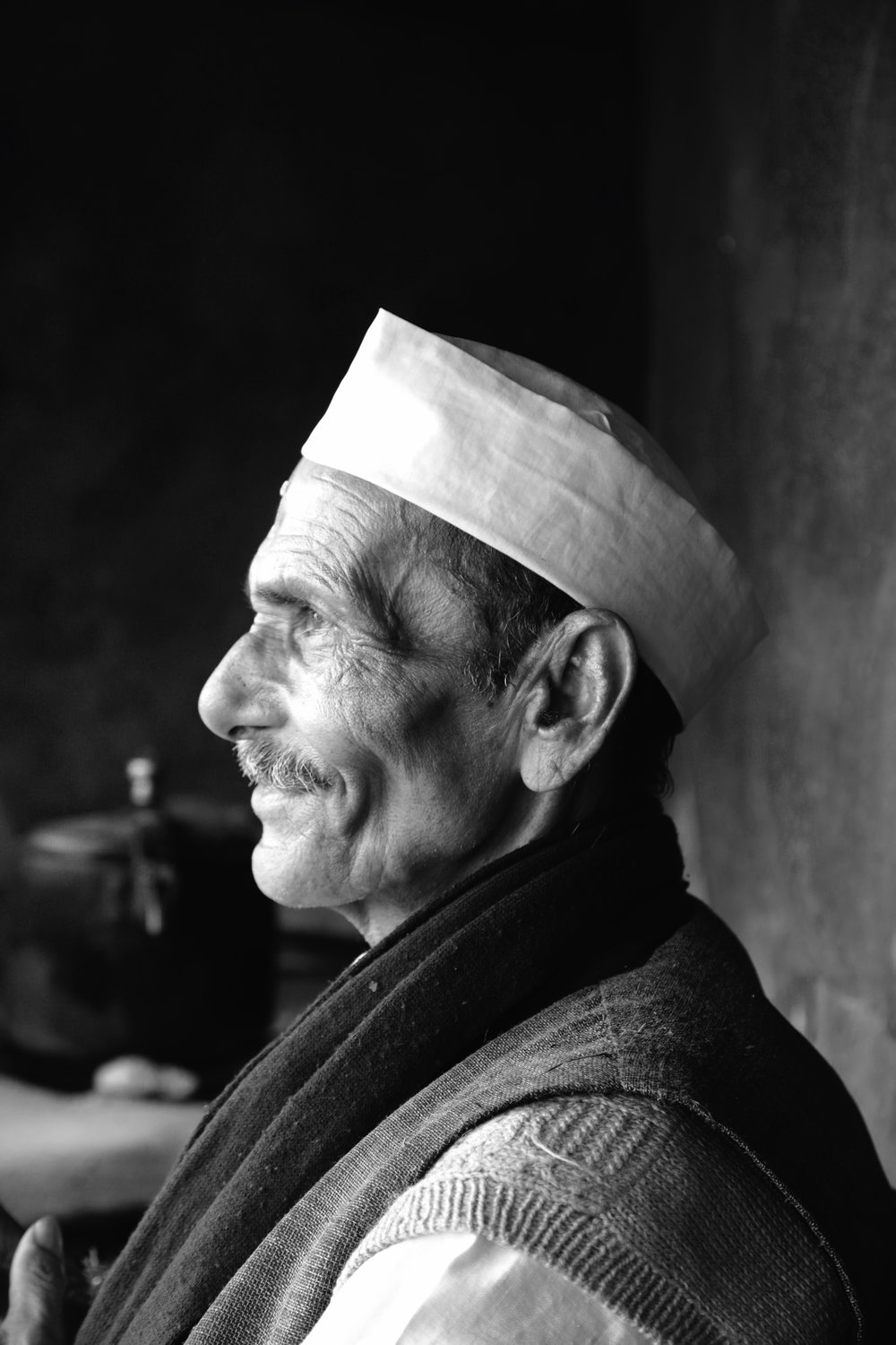 I told him he looked like Nehru, he liked that a lot, I got a free Chai!