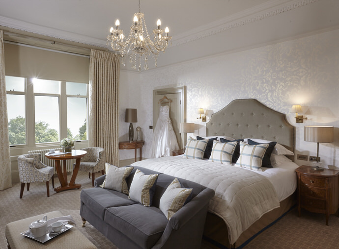 ClevedonHall_Bedrooms_07.01.150398.jpg