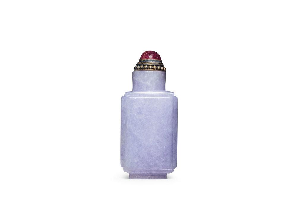 Gymnasium-D-D-Snuff-Bottles-2.jpg