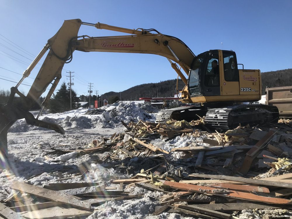 - The old building that was situated on the site was cleared to make way for improving the pad with infrastructure necessary for servicing the hotel and the four commercial properties.