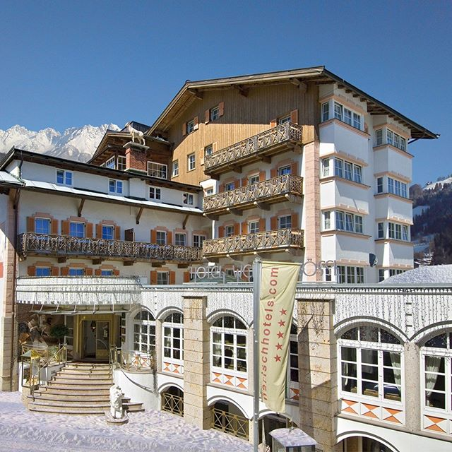 You will be at the next Snow Polo Tournament in @kitzbuehel_tirol and are still looking for a suitable place to stay? The @roesslkitz is located directly at the entrance to the historic old town and combines highest comfort and modern zeitgeist stylishly under one roof. The mountain world is already waiting for you!  #kitzpolo #snowpolo #kitzbühel #kitzbuehel #roesslkitz #tirol #tyrol #tiroleralpen #snow #polo #polotournament #poloplayer #polopony #pololifestyle #travelgram #winter #qualitytime