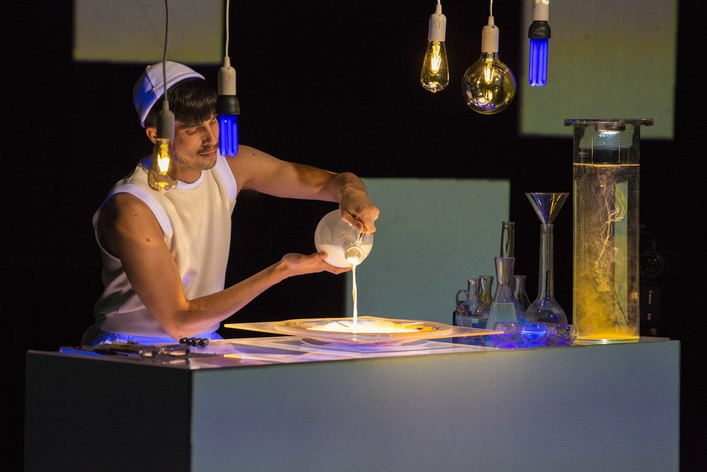 GAL NAOR PLAYS ALCHEMIST IN  LIGHTS AND VESSELS , THE FIRST CHAPTER IN THE  SCIENCE OF SIGNS  TRILOGY  CREDIT: RUTH ZUNTZ