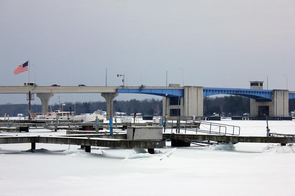wisconsin-sturgeon-bay-docks-and-bridge.jpg