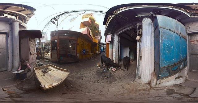 Greenfish was commissioned to film 🎬 a unique #VR film to capture life in 🇮🇳 India. This scene is in the small narrow alleyways of Varanasi by the Ganges River. #experience360reality #greenfishindia #india #greenfishlabs