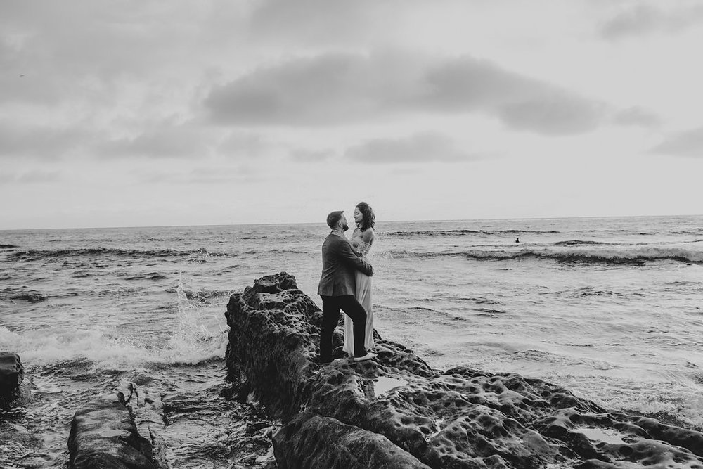 pinkfeatherphotography-Lajollabeach-engagement(124of146).jpg