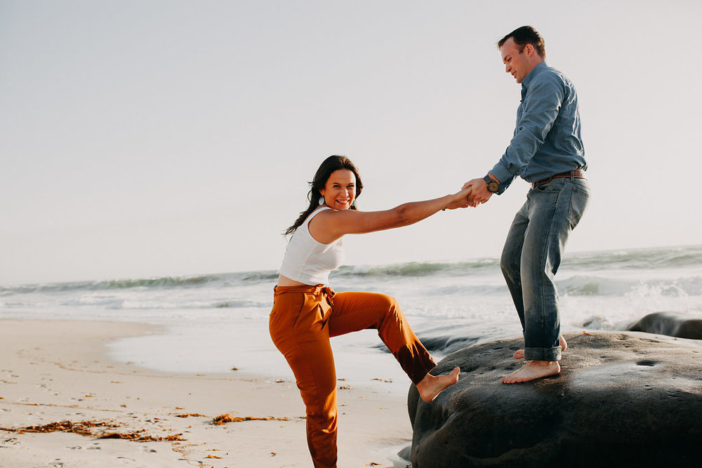 pinkfeatherphotography-WindandSeabeachengagementshoot(68of152).jpg