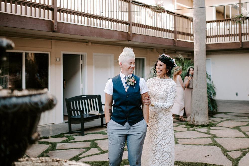 pinkfeatherphotography.OceanBeach-Wedding(40of591).jpg