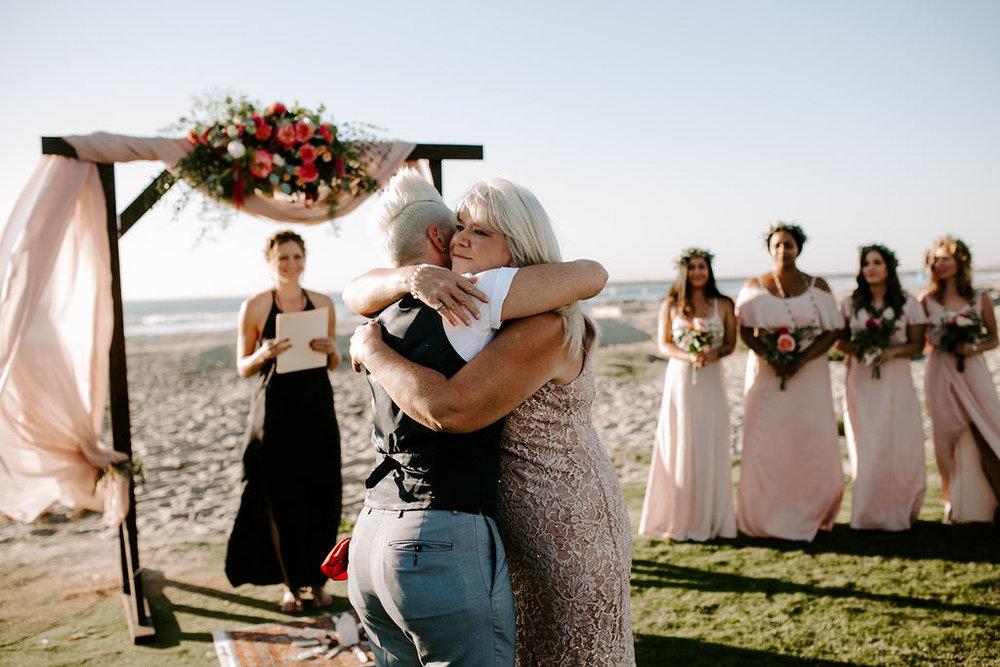 pinkfeatherphotography.OceanBeach-Wedding(105of591).jpg
