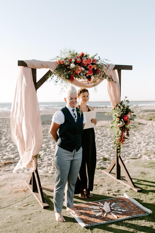 pinkfeatherphotography.OceanBeach-Wedding(116of591).jpg