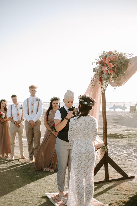 pinkfeatherphotography.OceanBeach-Wedding(134of591).jpg