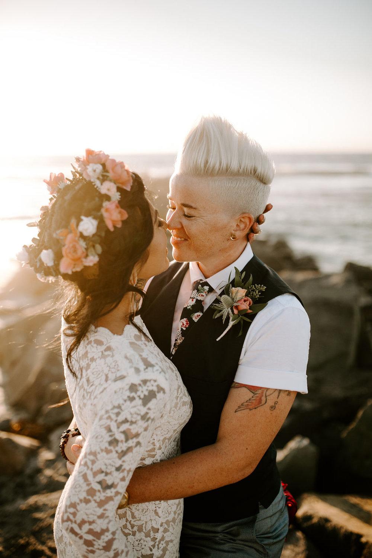 pinkfeatherphotography.OceanBeach-Wedding(293of591).jpg