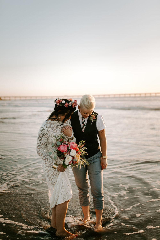 pinkfeatherphotography.OceanBeach-Wedding(307of591).jpg