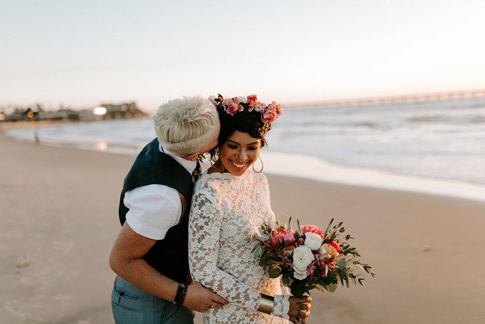pinkfeatherphotography.OceanBeach-Wedding(340of591).jpg