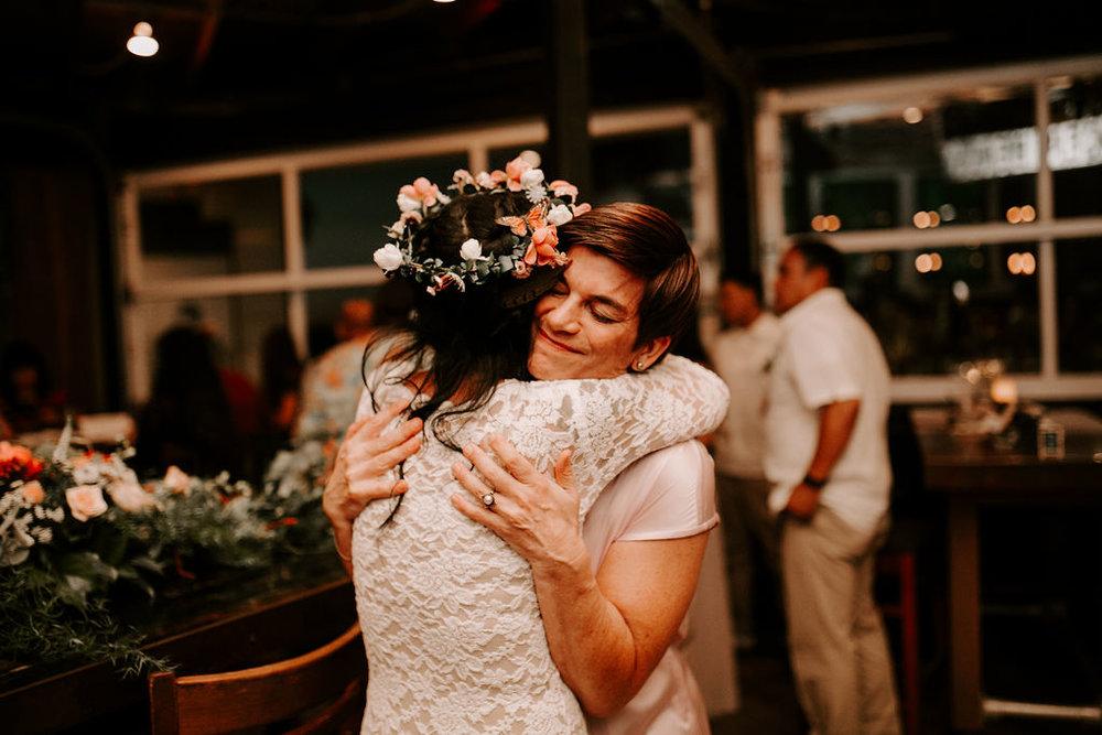 pinkfeatherphotography.OceanBeach-Wedding(410of591).jpg