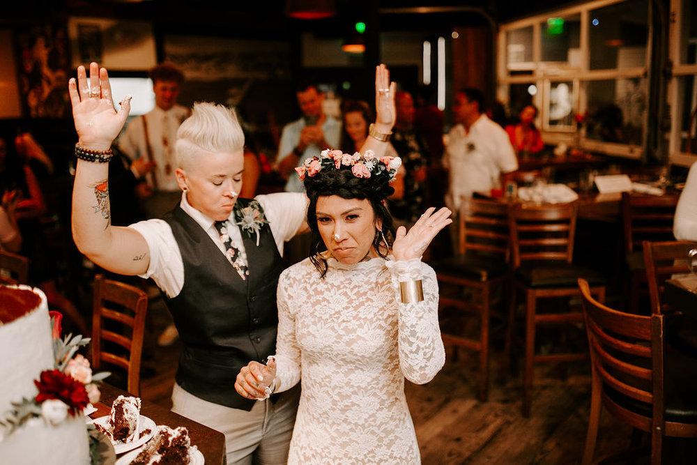 pinkfeatherphotography.OceanBeach-Wedding(524of591).jpg