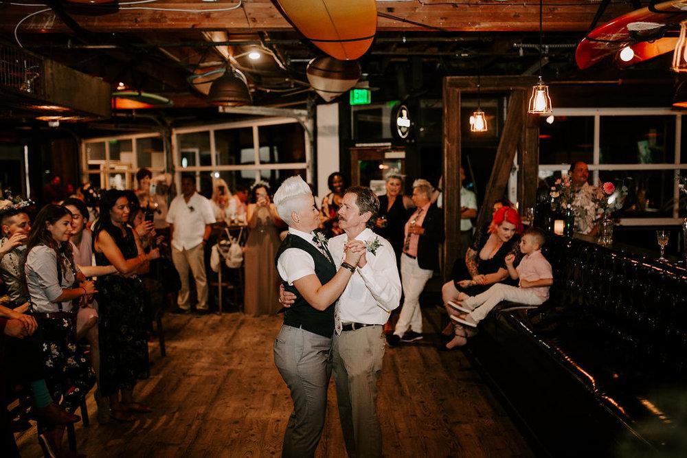 pinkfeatherphotography.OceanBeach-Wedding(539of591).jpg