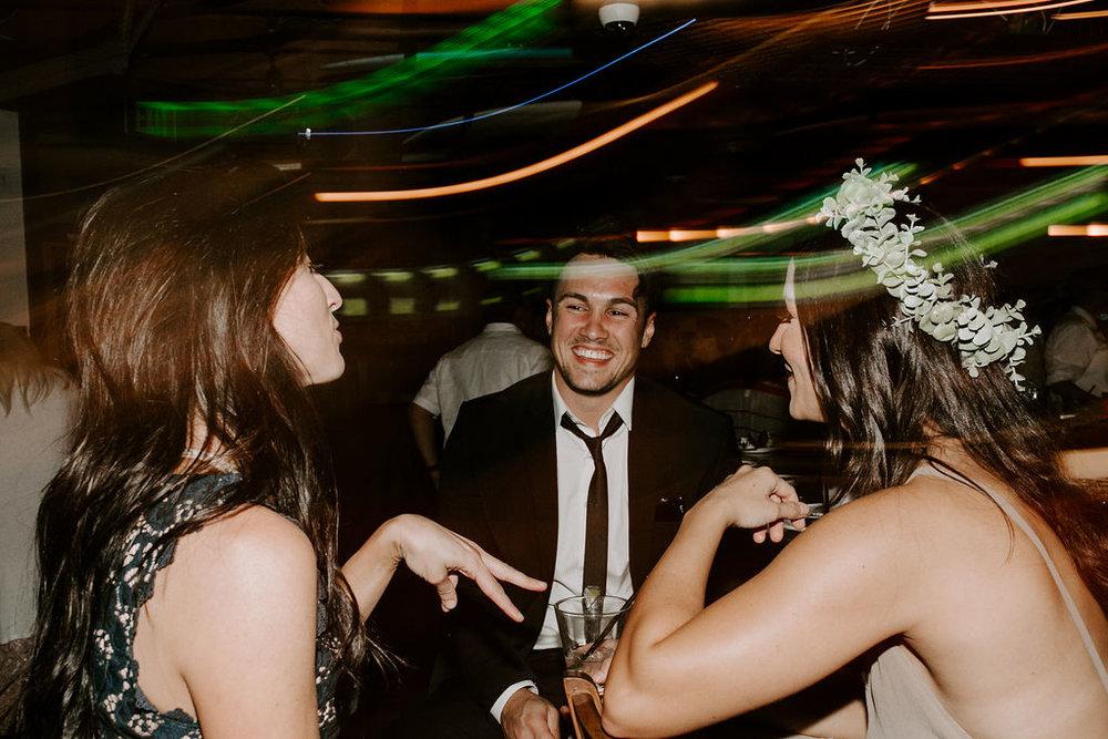 pinkfeatherphotography.OceanBeach-Wedding(562of591).jpg