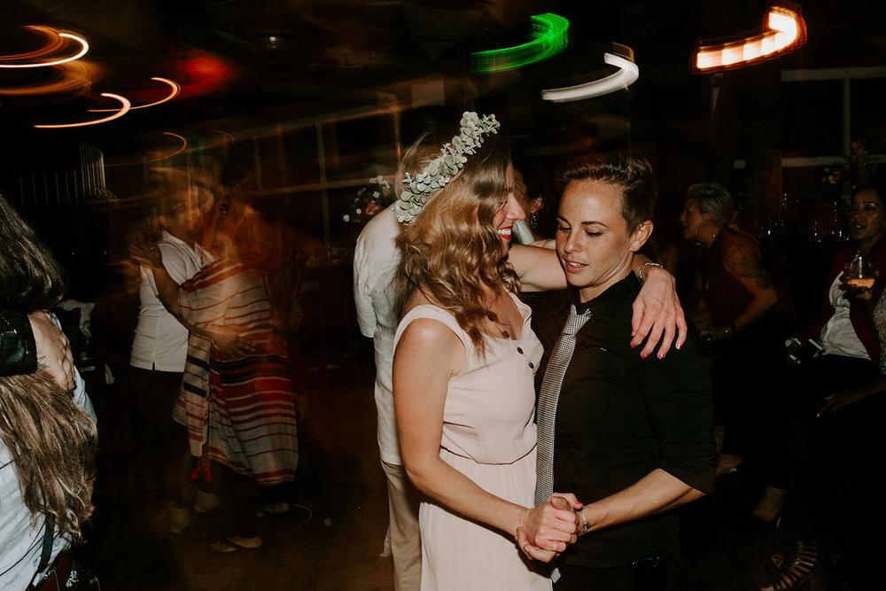 pinkfeatherphotography.OceanBeach-Wedding(569of591).jpg