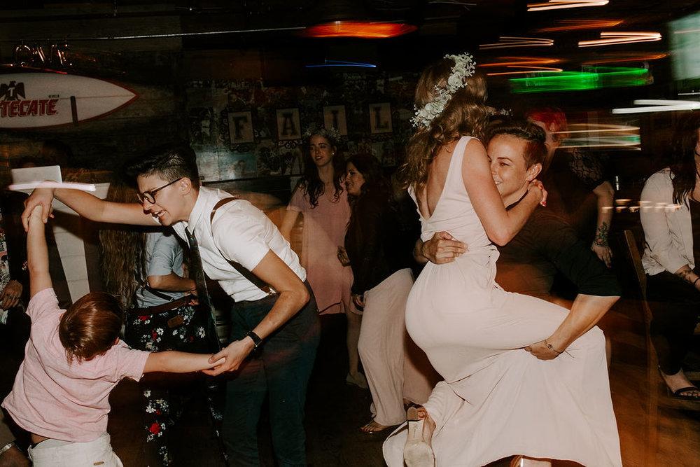 pinkfeatherphotography.OceanBeach-Wedding(577of591).jpg