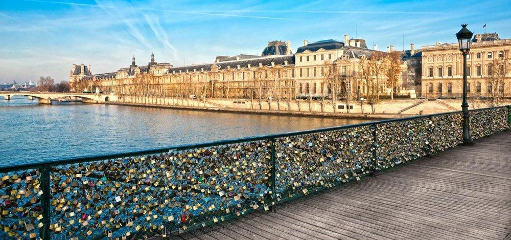 Lead-image-View-of-the-Louvre-Museum-and-Pont-des-arts,-Paris---.jpg