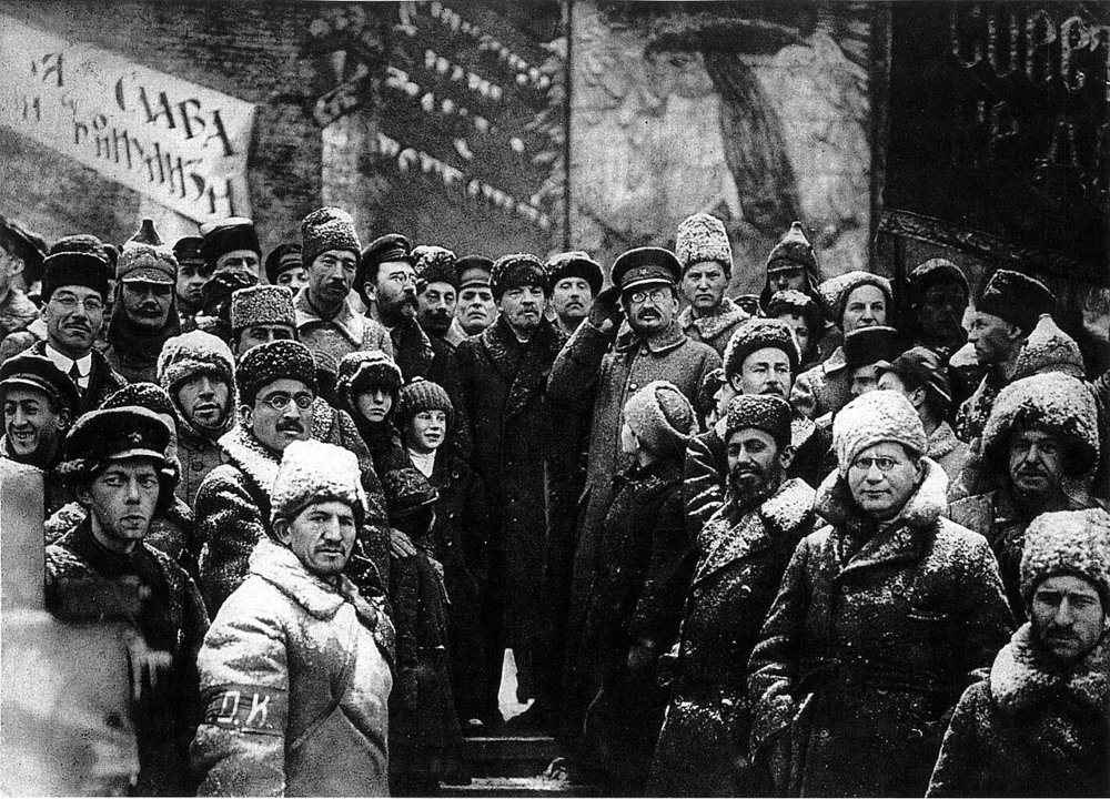 1280px-19191107-lenin_second_anniversary_october_revolution_moscow.jpg