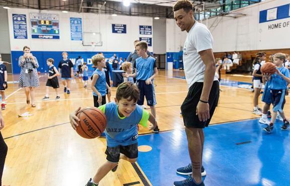 Wade Mentoring kids 6.jpg