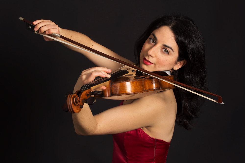 Noémie Bialobroda (violin)