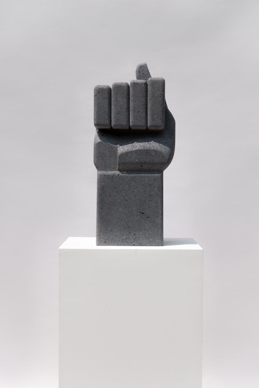 4.  Figa , Pedro Reyes, 2017. Galeria Luisa Strina, São Paulo. Courtesy Galeria Luisa Strina.