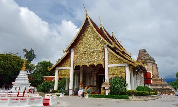 chediluang_temple02.jpg
