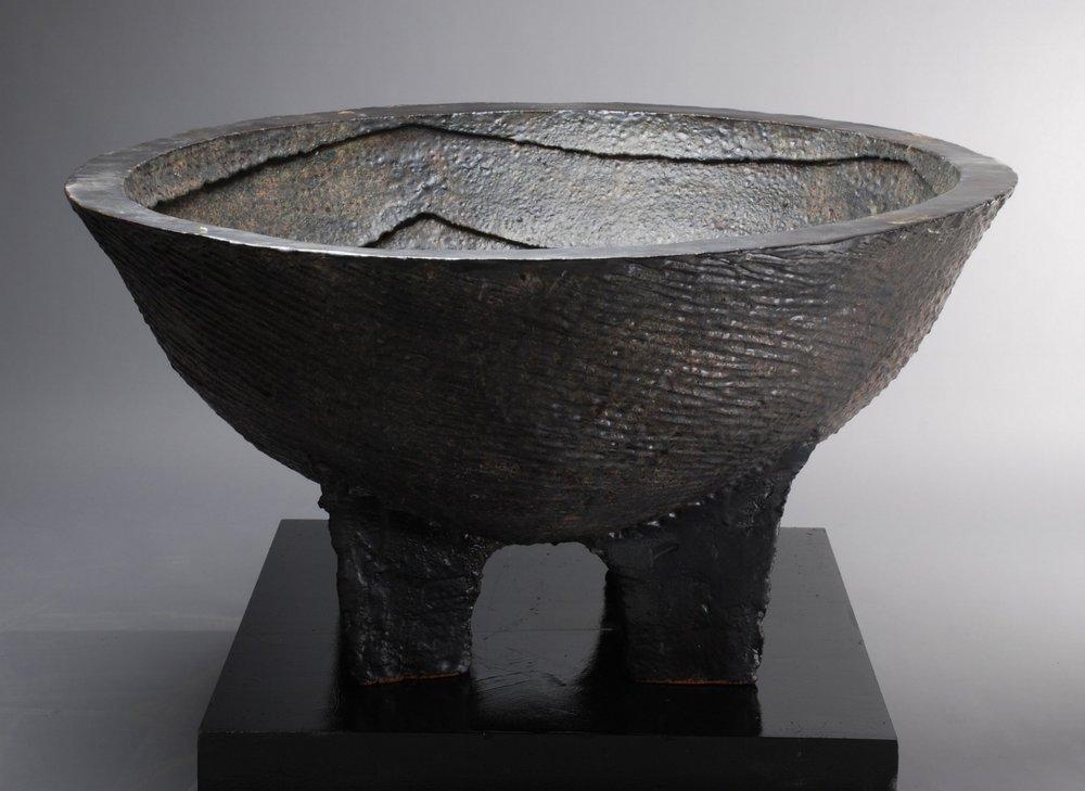 Cauldron wit Successive Squares - Grounds for Sculpture, NYC.jpg