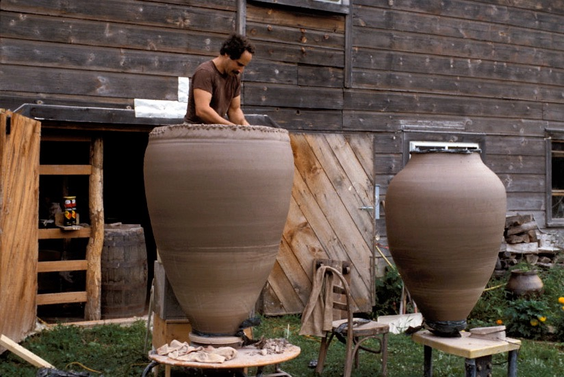 Paul Chaleff. throwing colossal pots 1986jpg.jpg