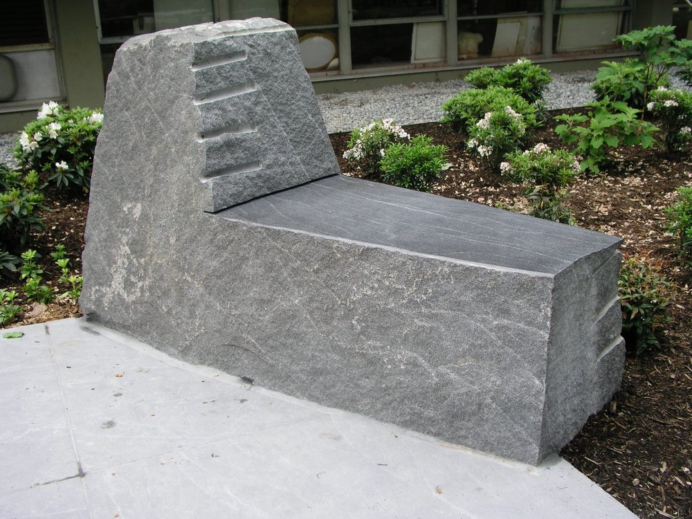 seat at thayer fountain