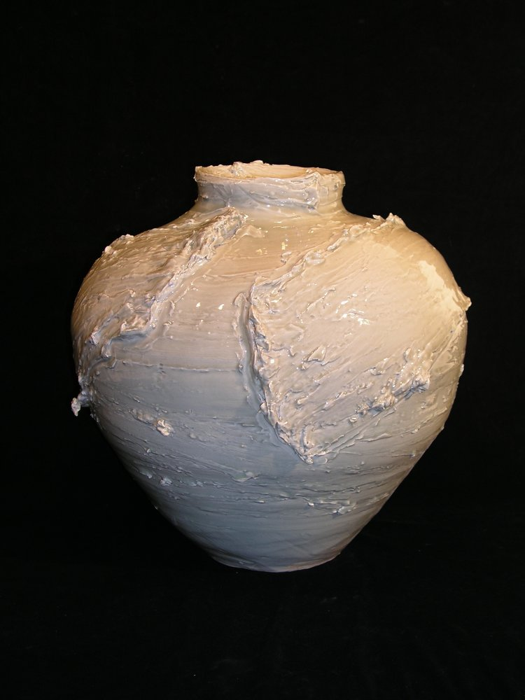 porcelain jar with two swirls