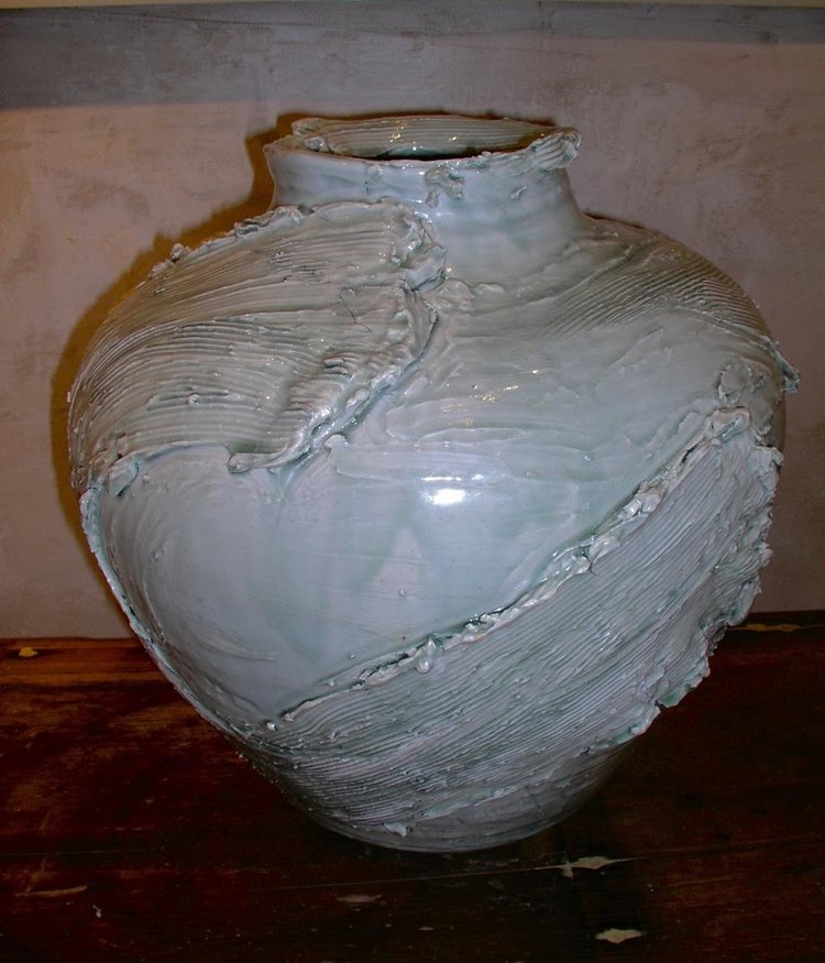 porcelain jar 1