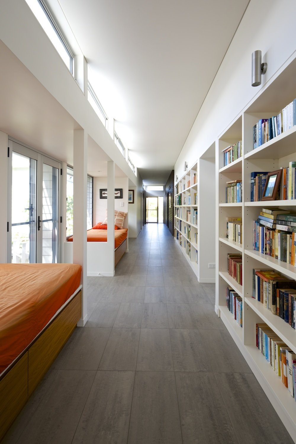 9corridortoeast.jpg