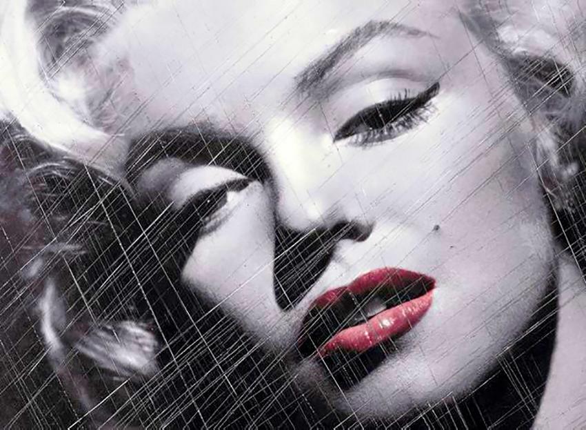 "Marilyn ""Red Kiss"" (36 x 44)"