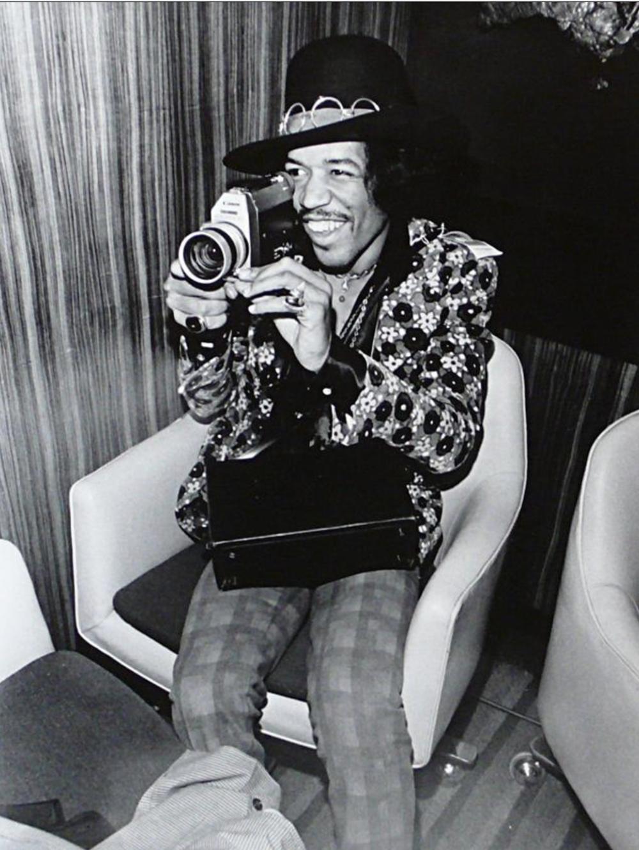 211 - Jimi Hendrix