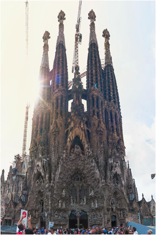 Sagarada-Familia_Barcelona-Spain_1.jpg