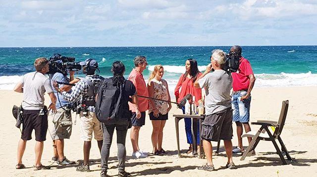 Hoy se estrena en HGTV Caribbean Life un capitulo filmado dentro del paradisiaco Red Frog Beach Resort en Bocas del Toro, orgullosamente en Panama! 🇵🇦🏠🌴🌊🏖🍹🎉🎉🎉 http://bit.ly/RFonHGTV  #panama #panamá #hgtv #redfrogbeach #viaje #realestate #viajes #caribe #playa #playaranaroja