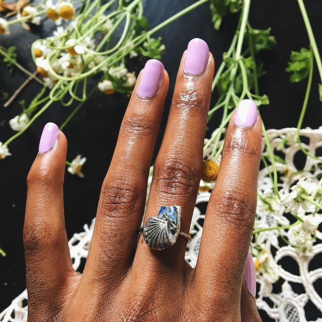 """dropping a surprise mini jewelry collection today @ 5pm pst on this New Moon 🌙 """"The Siren's Shell"""" collection  inspired by the tranquility of the Ocean  here is The Siren's Shell ring, available in all US sizes( swipe to view the other pieces)  this collection consists of jewelry to aid in navigating throughout Pisces season, as well as tapping into intuition, and diving deeper into / innerstanding the emotional body  Lapis is the only stone used in this collection, as it is a very holy, sacred, and powerful stone that radiates potent Blue crystal energy. my favorite  this mini collection will be a signature collection for my shop, as it represents The Roaring Siren well  this collection is made to order, but limited stock is available for each piece (5 of each). i wont be restocking this collection until April  keep swimming deeper within my friends, we're in for a wild time this month of March 🐬💙🦋👁 #theroaringsiren #crystalcommunity #quartz #earthy #witchythings #blackownedbusiness #ladyboss #shopsmall #purchasewithpurpose #healingenergytools #handmadejewelry #artist #lapislazuli #blueenergy #witchjewelry #mystic #solderedjewelry #girlboss"""