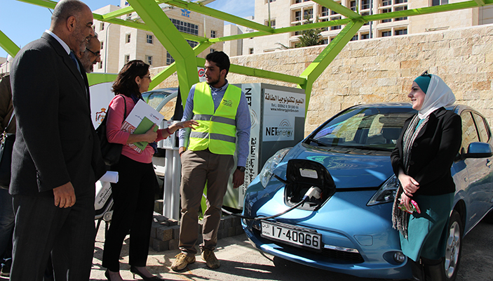 With support from the USAID Jordan Competitiveness Program, the country's first solar-enabled electric vehicle charging station was installed at the King Hussein Business Park in Amman.